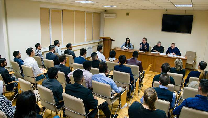 Meeting with Foreign Students